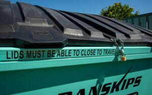 Lockable Lids Danskips Tralier Mounted Skp Bins for Hire